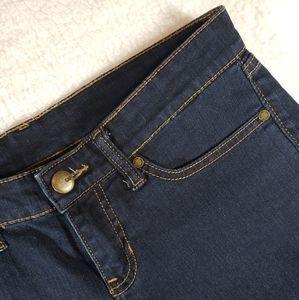 Gap Women's Midrise Dark Wash Jeans sz 2/26R